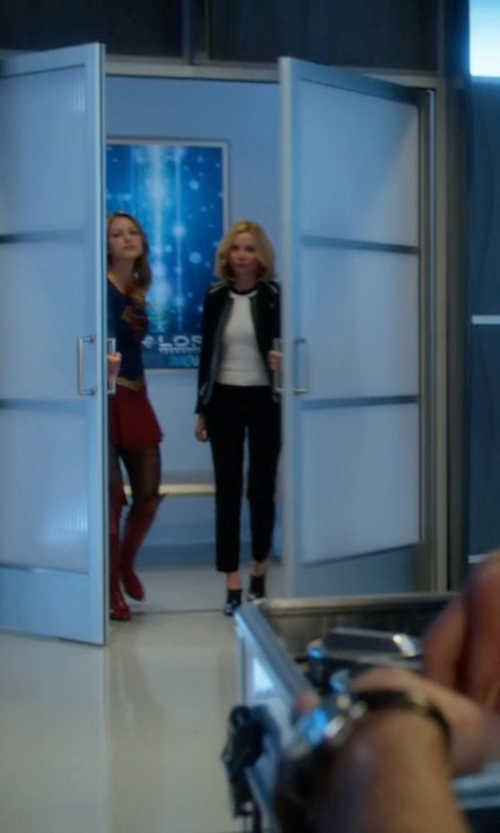 Calista Flockhart with Dr Martens Adelaide Henrietta Oxford Shoes in Supergirl