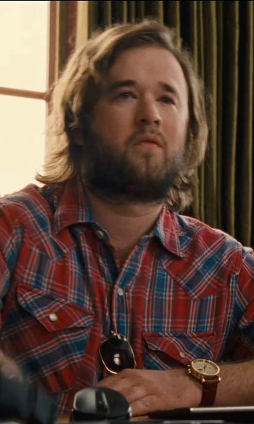Haley Joel Osment with TW-Chicside TKing Multi Plaid Two Pocket Shirt in Entourage
