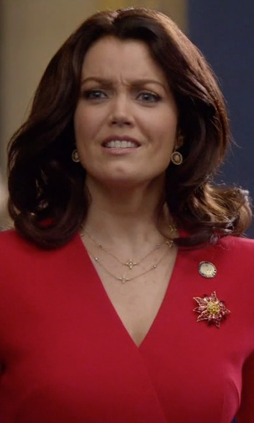 Bellamy Young with Kenneth Jay Lane Anemone Flower Pin in Scandal