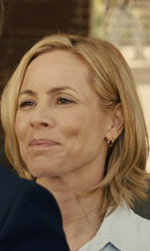 Maria Bello with Saks Fifth Avenue Gold Hoop Earrings in McFarland, USA