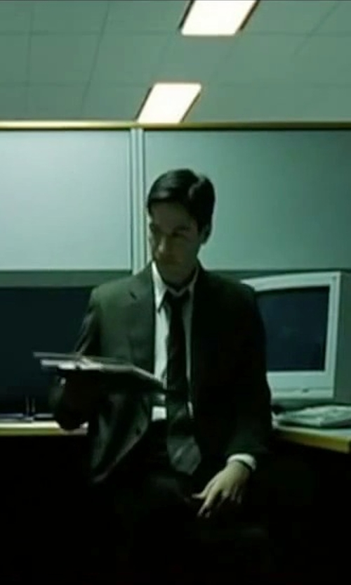 Keanu Reeves with Nordstrom Traditional Fit Pinpoint Dress Shirt in The Matrix