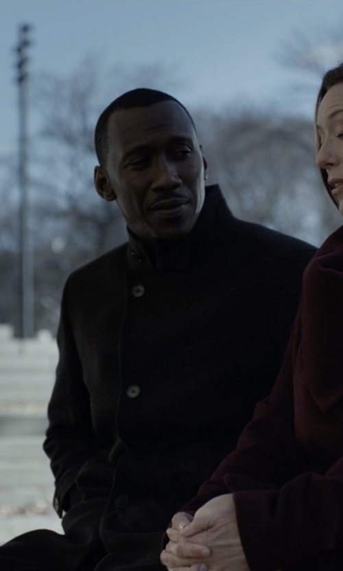 Mahershala Ali with Tommy Hilfiger Single-Breasted Overcoat in House of Cards