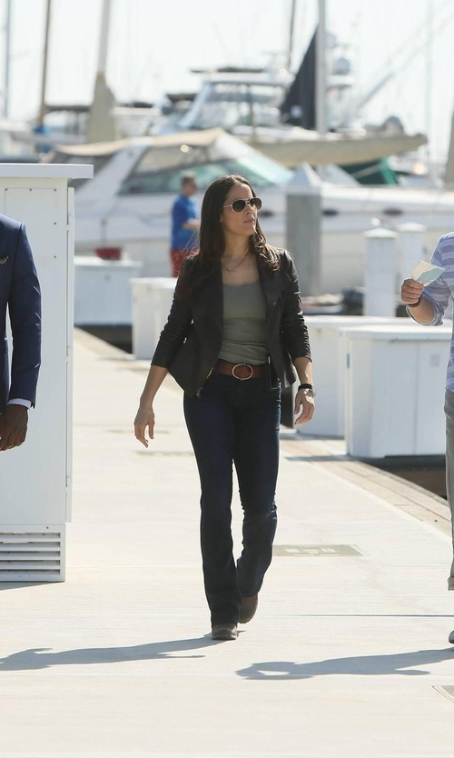 Jaina Lee Ortiz with Shwood Titanium & Wood Aviator Sunglasses in Rosewood