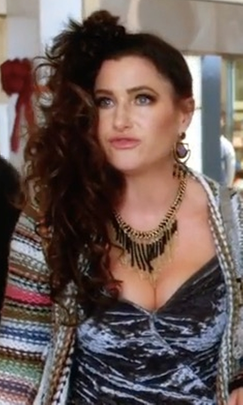 Kathryn Hahn with Alexis Bittar Arrayed Stone Wire Earrings in A Bad Moms Christmas