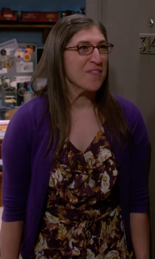Mayim Bialik with BCBGeneration Floral Print Sleeveless Dress in The Big Bang Theory