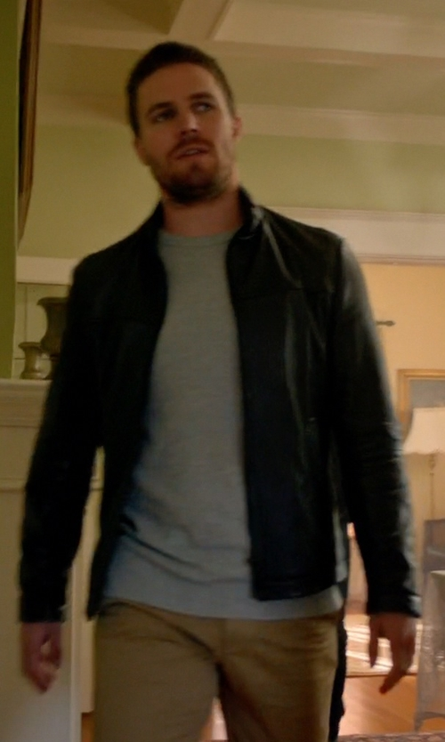 Stephen Amell with Danier Ernest Lightweight Lamb Leather Bomber Jacket in Arrow
