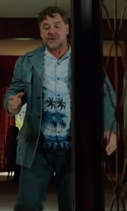 Russell Crowe with Acne Studios Ace Jeans in The Nice Guys
