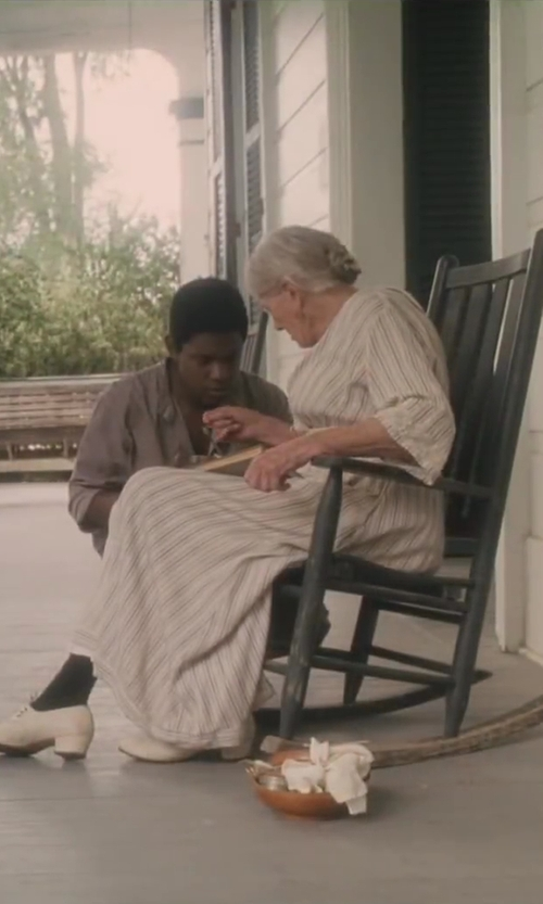 Vanessa Redgrave with Cowboy Christian Living Antique Black Hardwood Outdoor Rocker in Lee Daniels' The Butler