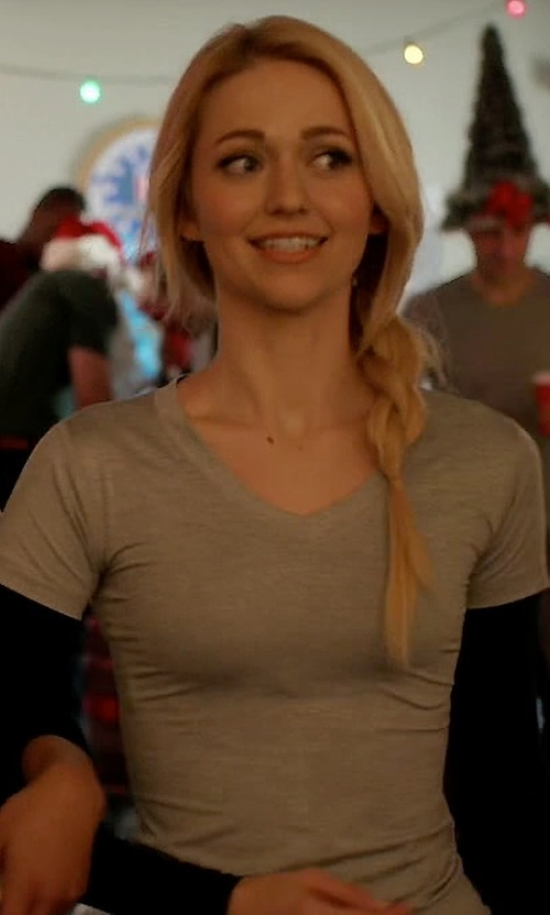 Johanna Braddy with Alternative Everyday Cotton Modal V-Neck T-Shirt in Quantico