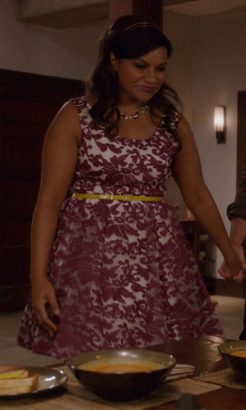 Mindy Kaling with Ermanno Scervino Thin Belt in The Mindy Project