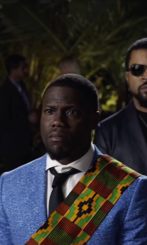 Kevin Hart with Tommy Hilfiger Core Oxford Solid Tie in Ride Along 2