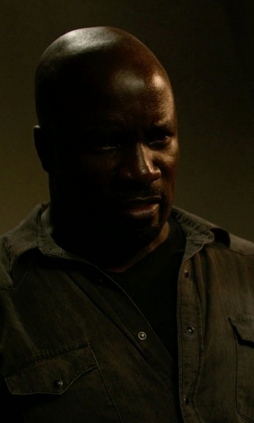 Mike Colter with M.Grifoni Denim Button Down Shirt in Jessica Jones