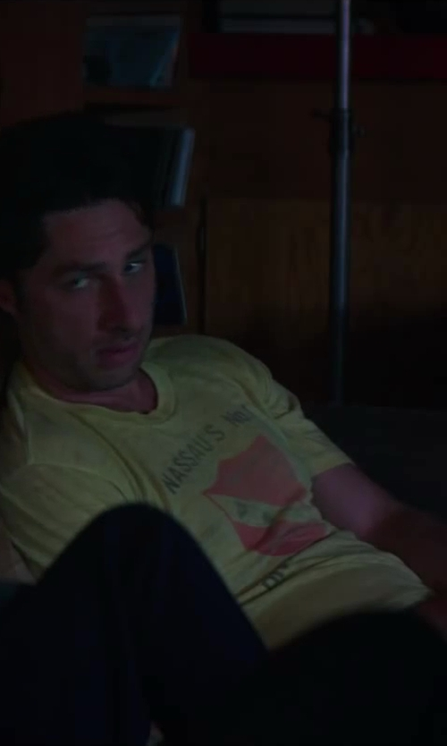 Zach Braff with Colorado Colorado Shield T-Shirt in Wish I Was Here