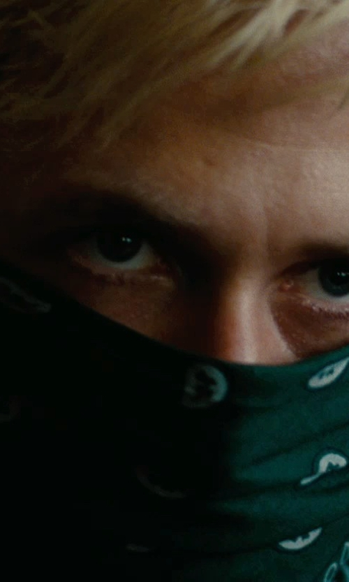 Ryan Gosling with CTM Cotton Paisley All-Purpose Bandana in The Place Beyond The Pines
