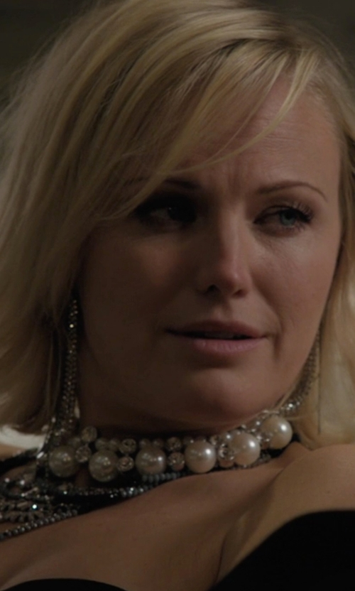 Malin Akerman with Kenneth Jay Lane Three Strand Faux-Pearl Necklace in Billions
