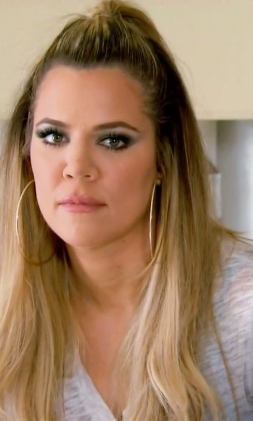 Khloe Kardashian with LAmade V-Neck Tee in Keeping Up With The Kardashians