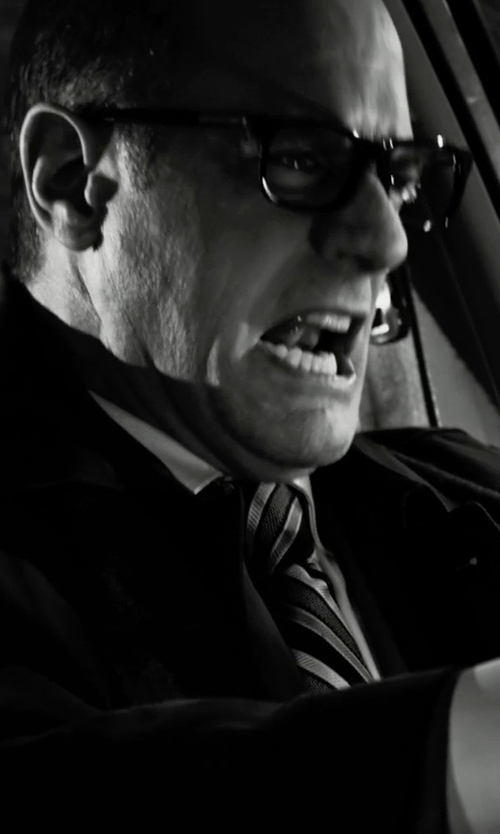 Christopher Meloni with Peter & May Walk Square Frame Glasses in Frank Miller's Sin City: A Dame To Kill For