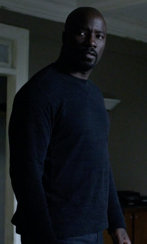 Mike Colter with Vince Spray Print Raglan Crew Sweater in Jessica Jones