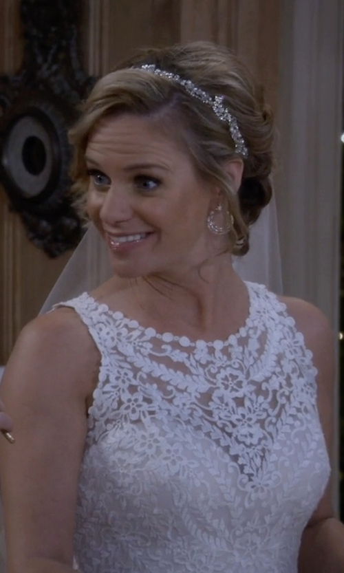 Andrea Barber with Nadri 'Starry Night' Hoop Earrings in Fuller House