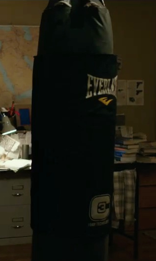 Dylan O'Brien with Everlast 100-Pound C3 Foam Heavy Bag in American Assassin