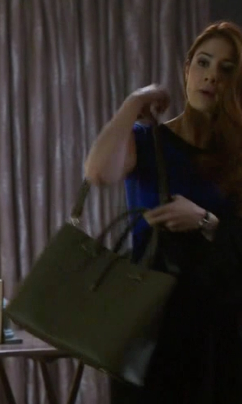 Emily Tremaine with Calvin Klein Extra Large Reversible Tote Bag in Guilt