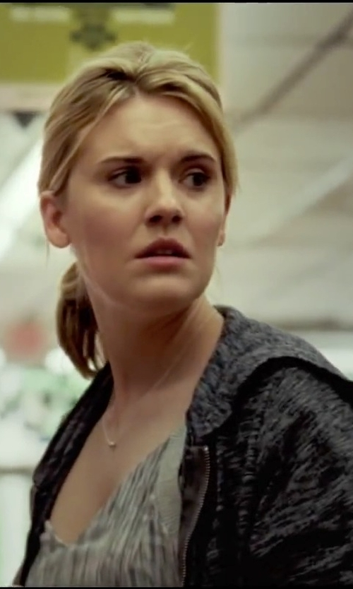 Maggie Grace with Meira T Diamond White Gold Chain Necklace in Taken 3