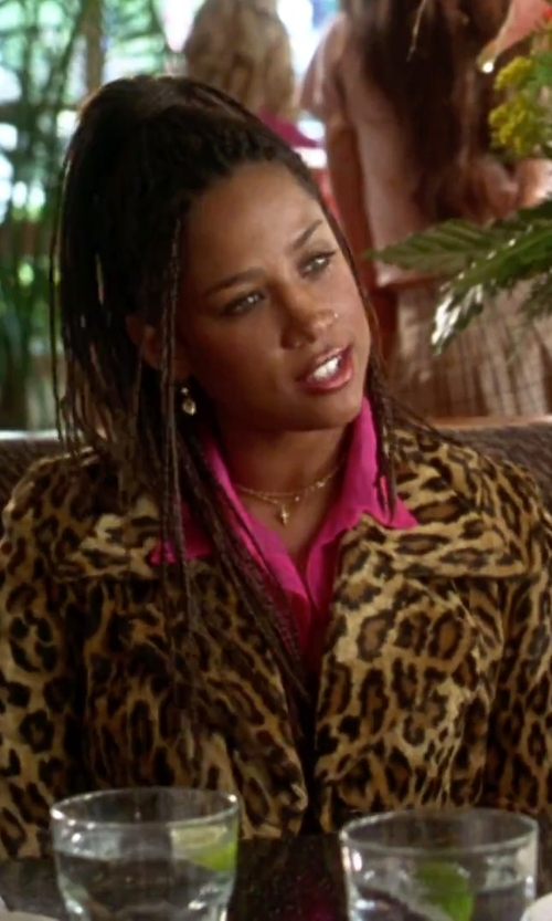 Stacey Dash with Lauren Ralph Lauren Linen Button-Down Shirt in Clueless