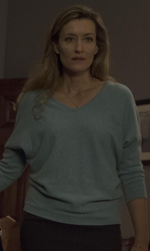 Natascha McElhone with Jil Sander V-Neck Sweater in Designated Survivor