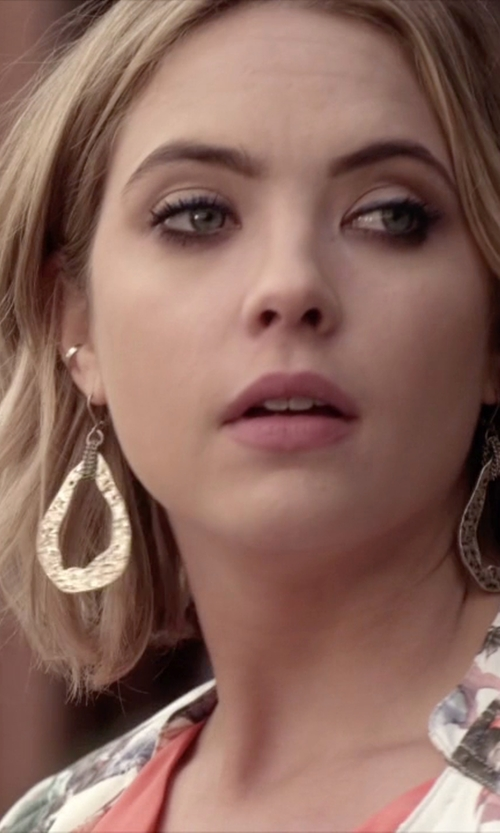 Ashley Benson with Saks Fifth Avenue Open Teardrop Earrings in Pretty Little Liars