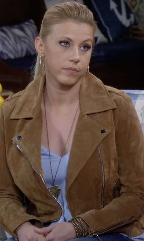 Jodie Sweetin with Understated Leather X Revolve Western Suede Moto Jacket in Fuller House