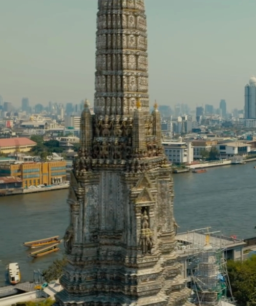 Unknown Actor with Wat Arun Temple Bangkok, Thailand in Mechanic: Resurrection