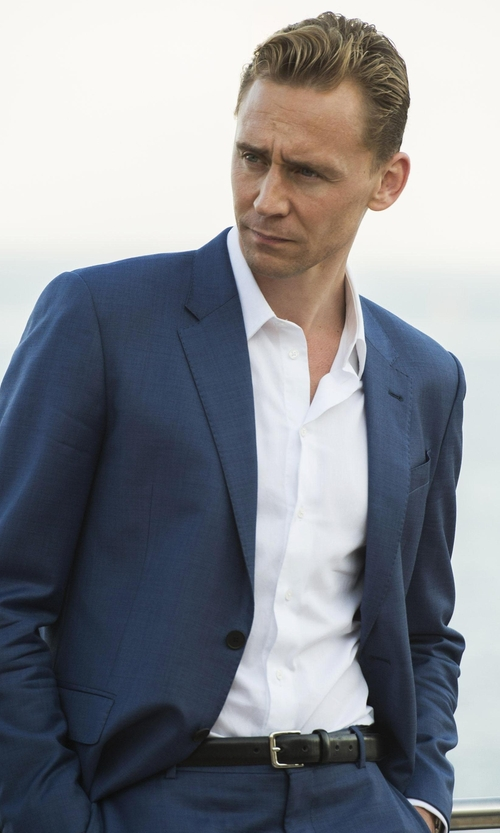 Tom Hiddleston with Barneys New York Leather Belt in The Night Manager