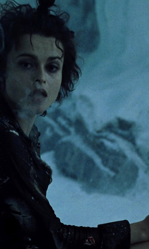 Helena Bonham Carter with Elizabeth Showers Oval Maltese Ring in Fight Club