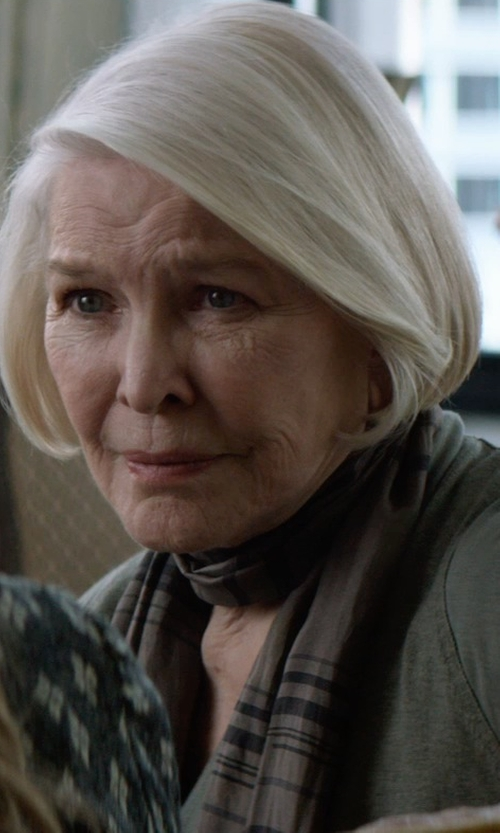 Ellen Burstyn with Burberry Ombré Check Wool & Silk Scarf in The Age of Adaline