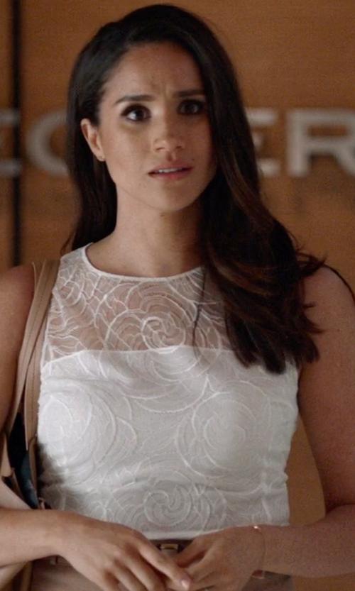 Meghan Markle with Paul Morelli Confetti Diamond Wire Bracelet in Suits