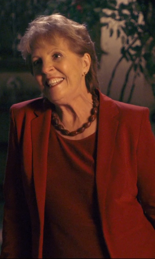 Penelope Wilton with Mikimoto Akoya Pearl Stud Earrings in The Second Best Exotic Marigold Hotel