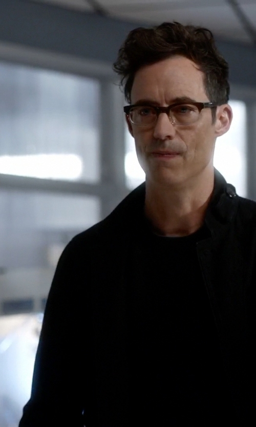 Tom Cavanagh with G-Star Raw A Crotch Pound Twill 3D Cropped Blazer in The Flash