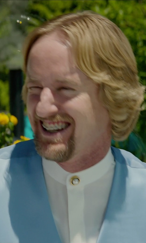 Owen Wilson with Lauren Ralph Blue Chambray Vest in Masterminds
