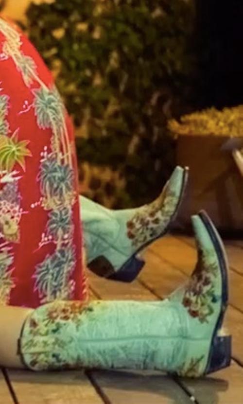 Elizabeth Olsen with Frye Winona Stud Mid Boots in Ingrid Goes West