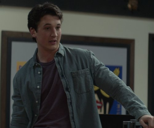 Miles Teller with Vince Denim Button-Down Shirt in That Awkward Moment