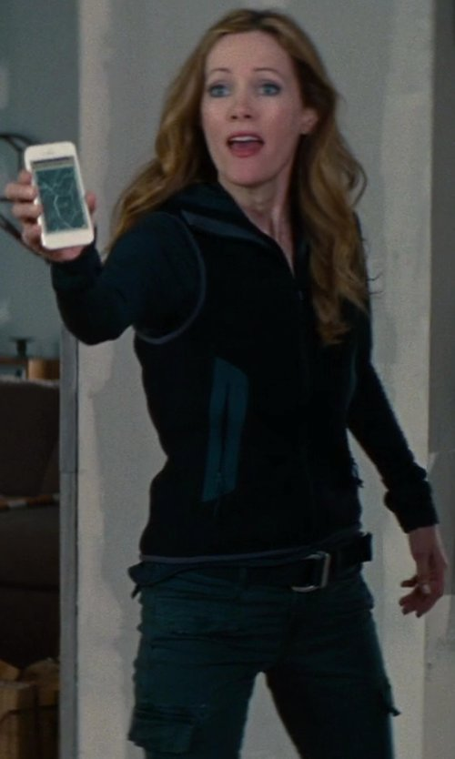 No Actor with Apple iPhone 5 in The Other Woman