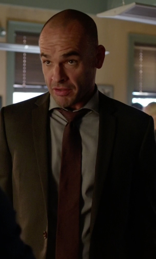 Paul Blackthorne with Michael Michael Kors Regular Fit Non Iron Dress Shirt in Arrow