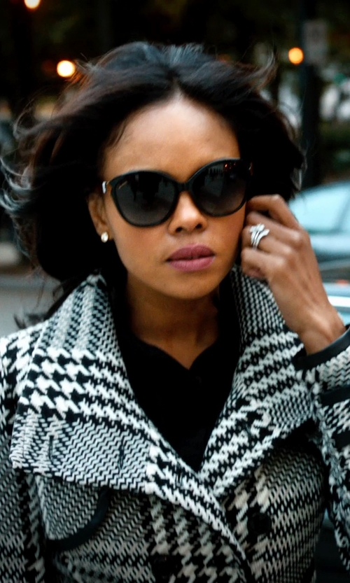 Sharon Leal with Jack Kelége Silhouette Platinum 3-Stone Ring in Addicted