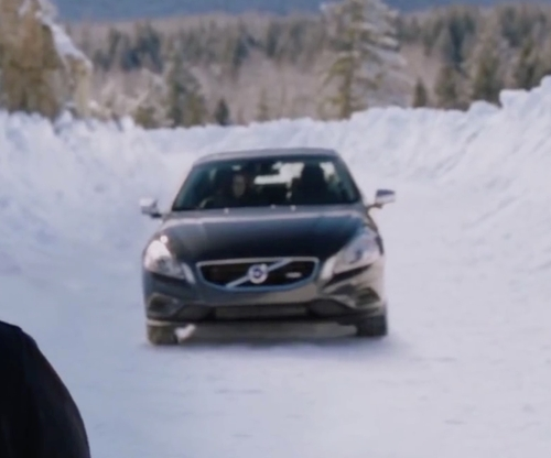 Robert Pattinson with Volvo S60 Sedan in The Twilight Saga: Breaking Dawn - Part 2