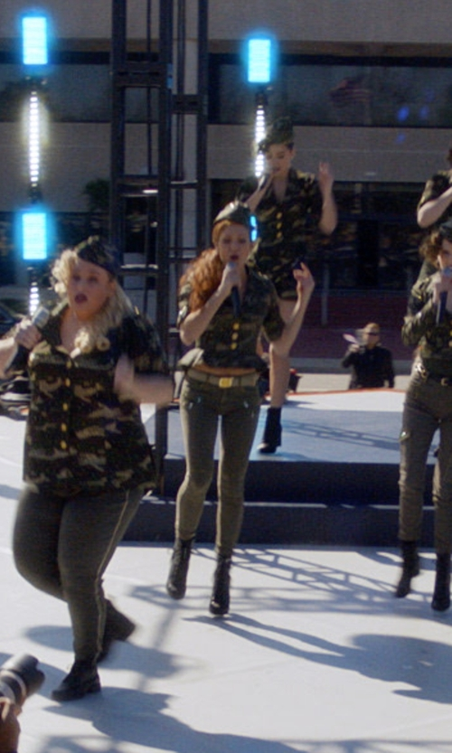Brittany Snow with True Religion Nora Camo Jacket in Pitch Perfect 3