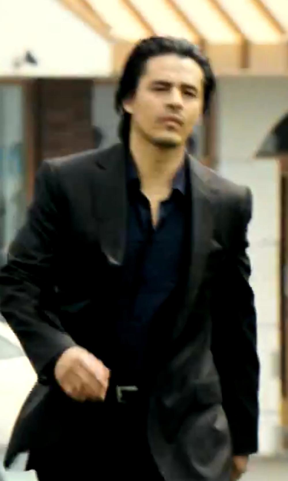 Antonio Jaramillo with Michael Kors Non-Iron Solid Dress Shirt in Savages
