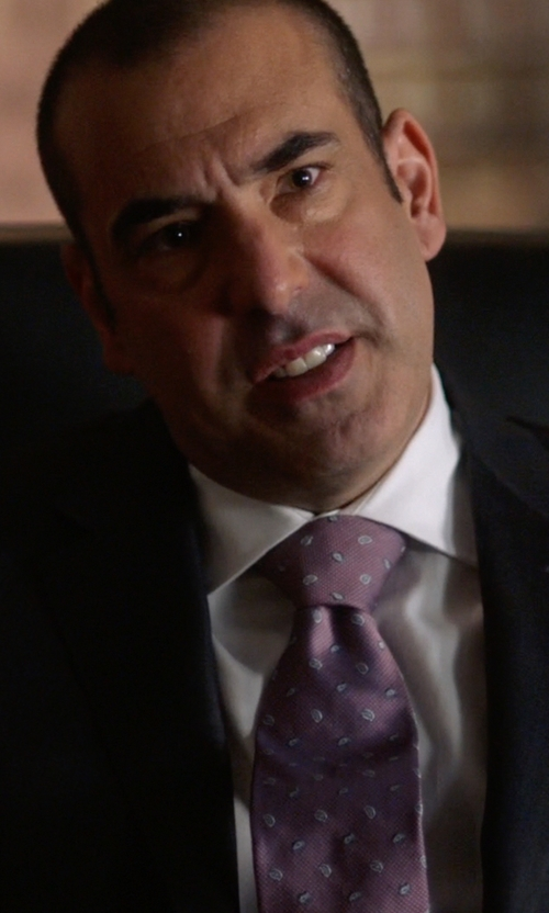 Rick Hoffman with Ike Behar Paisley Woven Silk Tie in Suits