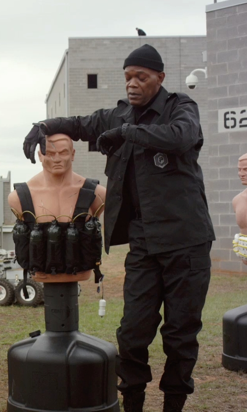 Samuel L. Jackson with Calvin Klein Leather Tech Gloves in Barely Lethal