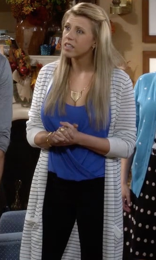 Jodie Sweetin with Misook Sheer-Striped Long Duster Coat in Fuller House