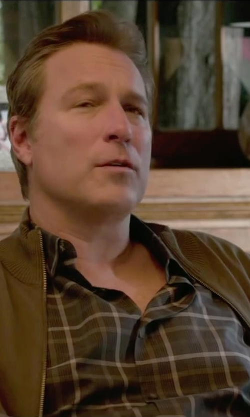John Corbett with Rusty Plaidass Flannel Shirt in The Boy Next Door